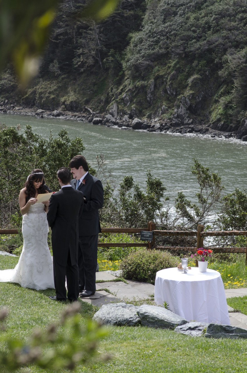 Albion River Inn Wedding - 04
